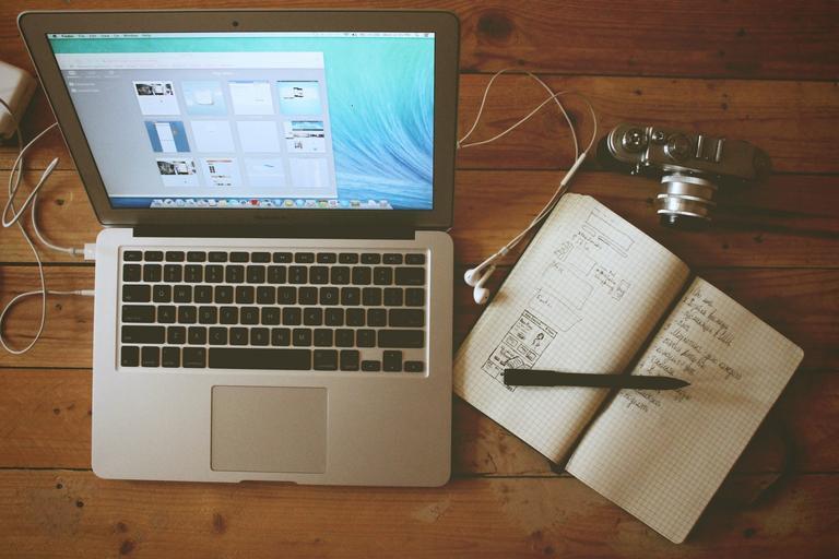 náčrtek webových stránek – plánování jak to bude vypadat