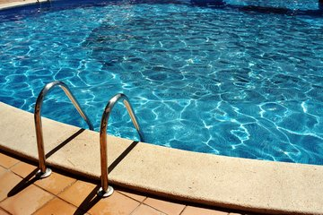pool-1534215